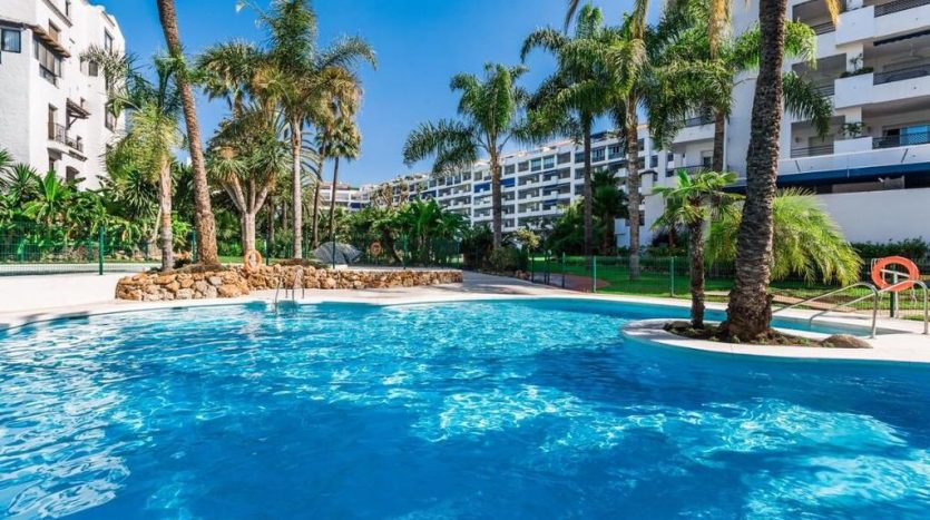 Puerto Banus middle floor apartment - image Puerto-Banus-middle-floor-apartment-1-835x467 on https://www.laconchaliving.com