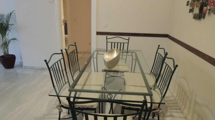 Puerto Banus middle floor apartment - image Puerto-Banus-middle-floor-apartment-11-835x467 on https://www.laconchaliving.com