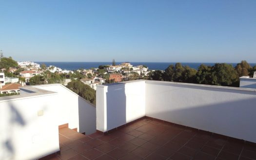 Furnished apartment in Colinas del Faro - Mijas Costa - image Distressed-sale-Miraflores-Mijas-Costa-12-525x328 on https://www.laconchaliving.com