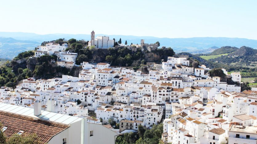 New apartment in an unspoilt Andalusian village - image Casares-Village-Apartment-1-835x467 on https://www.laconchaliving.com