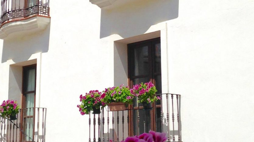 New apartment in an unspoilt Andalusian village - image Casares-Village-Apartment-3-835x467 on https://www.laconchaliving.com