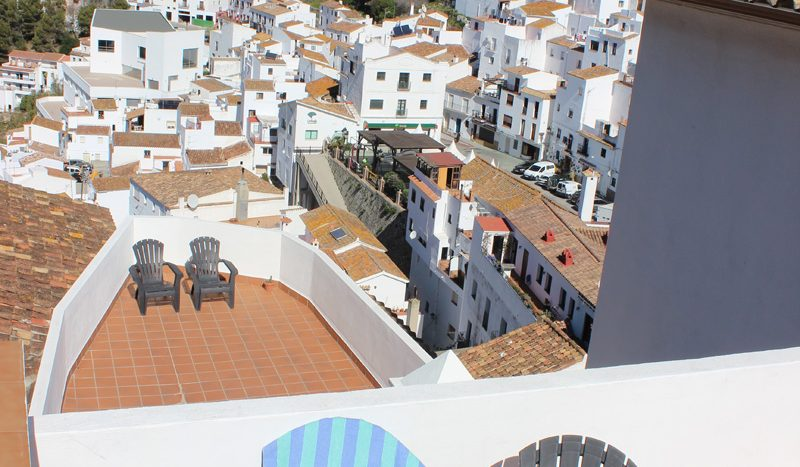 New apartment in an unspoilt Andalusian village - image Casares-Village-Apartment-7-800x467 on https://www.laconchaliving.com