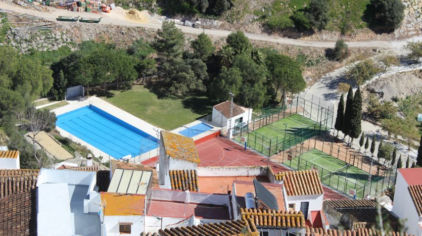 New apartment in an unspoilt Andalusian village - image Casares-Village-Apartment-8-835x467 on https://www.laconchaliving.com