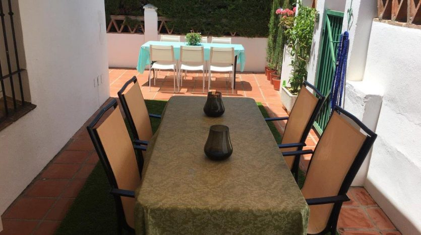 Beachside townhouse Marbella - image Beachside-townhouse-Marbella-17-835x467 on https://www.laconchaliving.com