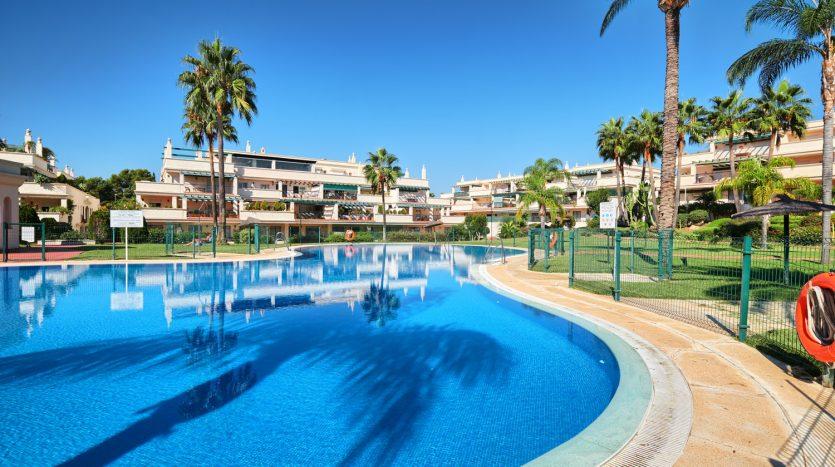 Penthouse Nueva Andalusia Puerto Banus - image Penthouse-Nueva-Andalusia-Puerto-Banus-12-835x467 on https://www.laconchaliving.com