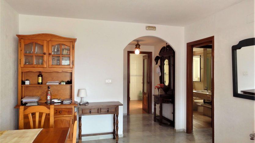 Three-bedroom apartment in Marbella town - image Marbella-three-bedrooms-apartment-9-835x467 on https://www.laconchaliving.com