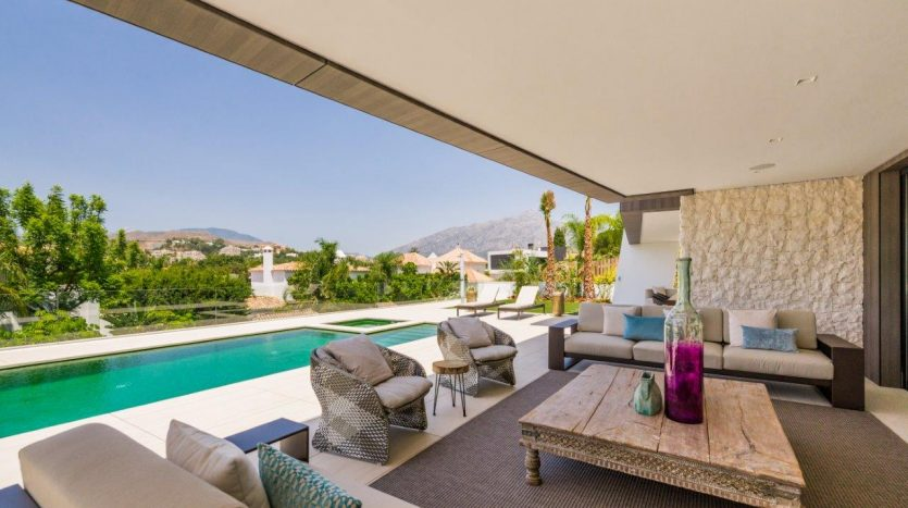 New contemporary luxury villa Marbella (1)