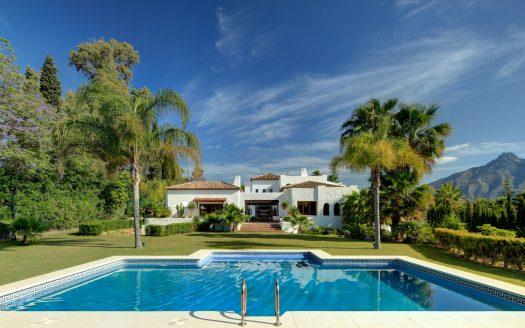 Luxury villa Puerto Banus Marbella