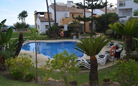 Bahía de Marbella - three-bedroom beachside apartment (10)