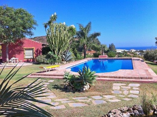 Detached country villa Estepona